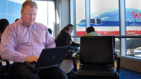 MUNDO PC - Aena ofrecerá acceso gratuito e ilimitado a Internet vía Wifi -