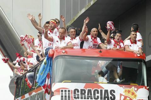 MUNDO PC - Sorteo Mundo PC - Alfombra Conmemorativa Sporting Gijón -
