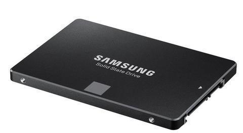 ¿Por qué sube el precio de los discos SSD?